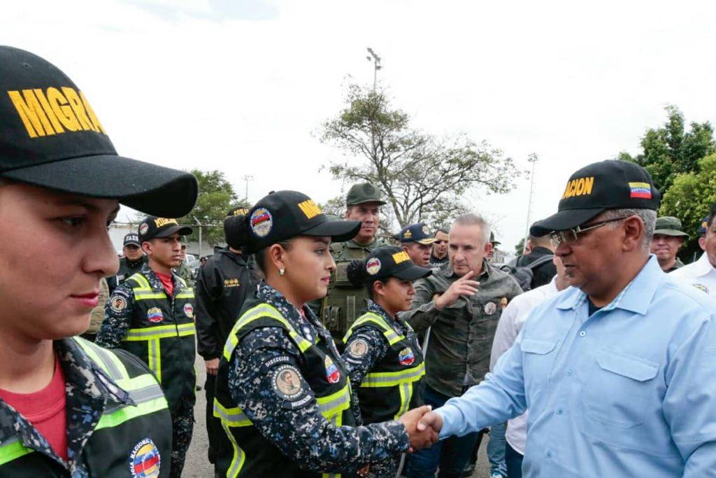 Servicio de Policía de Migración (7)