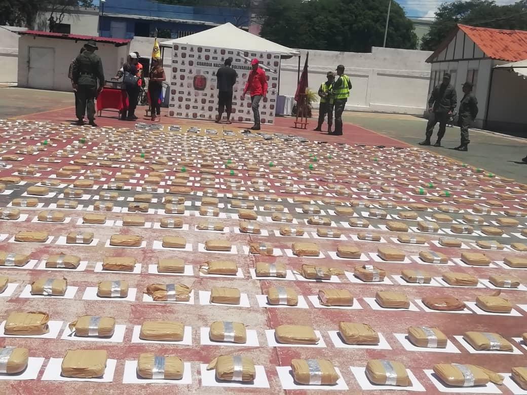 GNB incautó 639 panelas de cocaína y marihuana en Nueva Esparta (16)