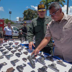 Mpprijp inutilizó 12 mil 921 armas de fuego en Caracas (12)