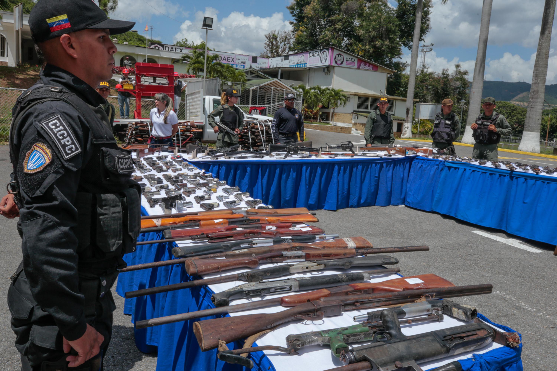 Mpprijp inutilizó 12 mil 921 armas de fuego en Caracas (6)