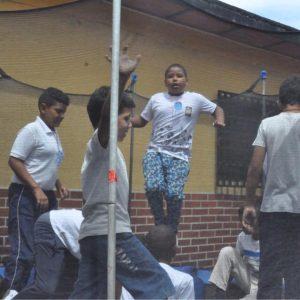 Jóvenes y adultos del 23 de Enero fueron atendidos con jornada integral de DPD (3)