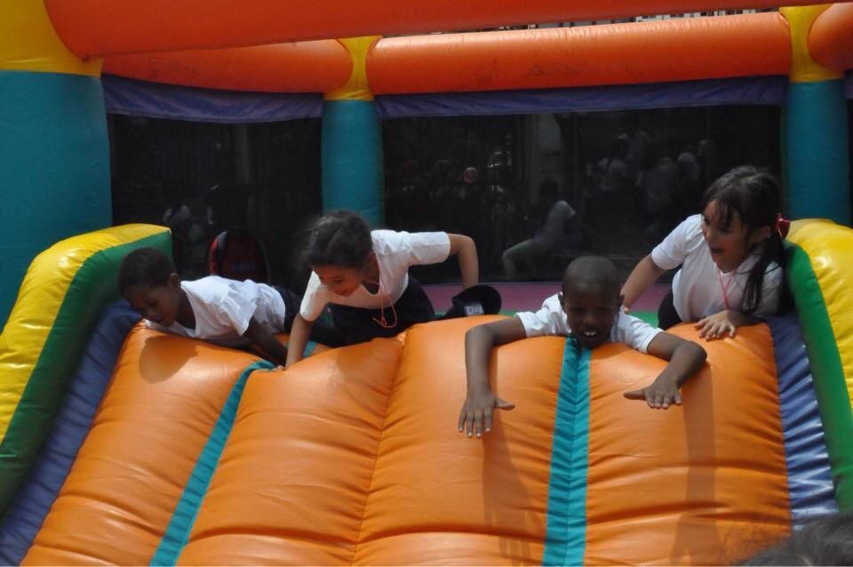 Jóvenes y adultos del 23 de Enero fueron atendidos con jornada integral de DPD (4)