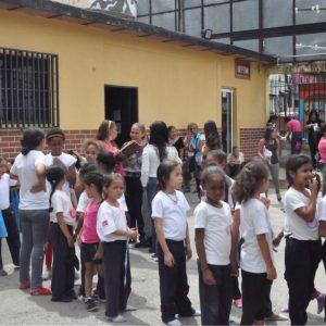Jóvenes y adultos del 23 de Enero fueron atendidos con jornada integral de DPD (7)