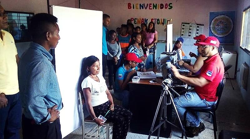 """Cedulada población indígena bajo las rutas """"Manuelita Sáenz y Guaicaipuro"""""""