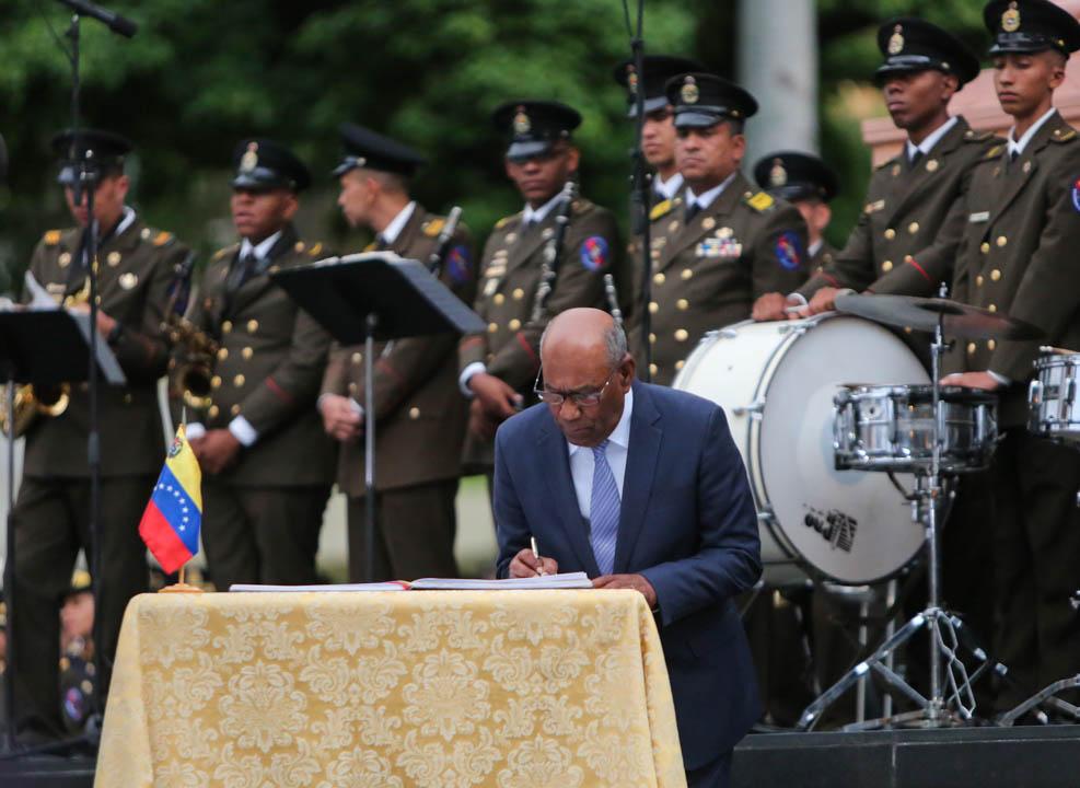 Gobierno nacional conmemora 527 años el Día de la Resistencia Indígena (12)