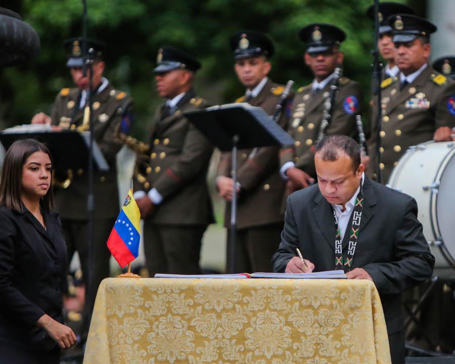 Gobierno nacional conmemora 527 años el Día de la Resistencia Indígena (13)
