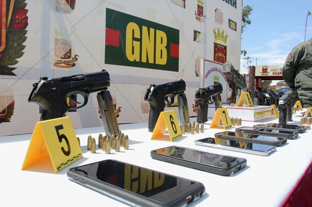 Gobierno nacional desmantela banda dedicada al tráfico ilícito de drogas (2)