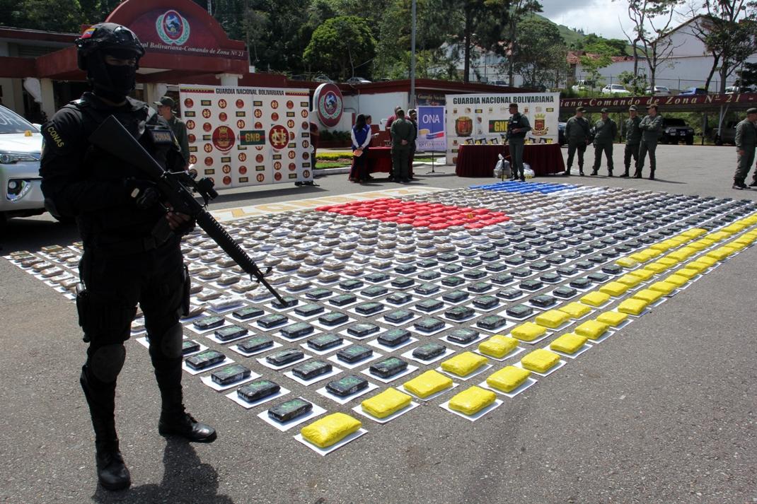 Gobierno nacional desmantela banda dedicada al tráfico ilícito de drogas (4)
