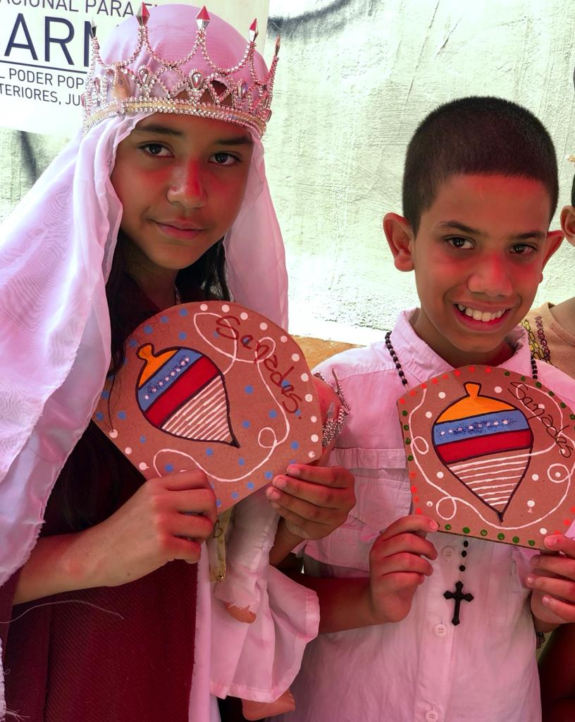 Parroquia Santa Rosalía celebra Día de la Resistencia Indígena con actividades culturales (3)