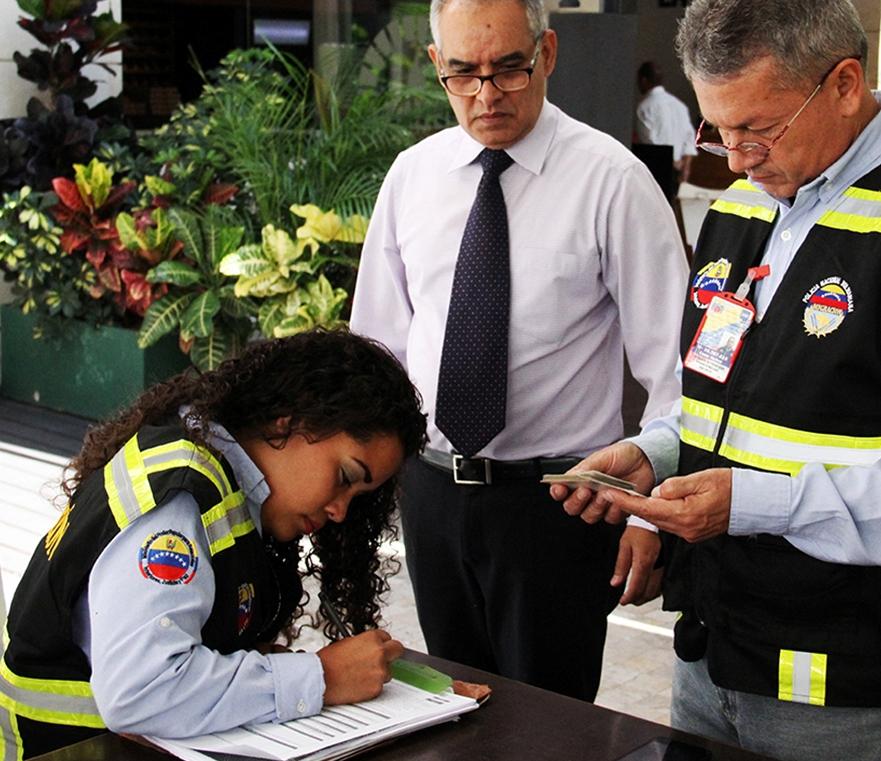 Control migratorio en hoteles del este de Caracas (3)