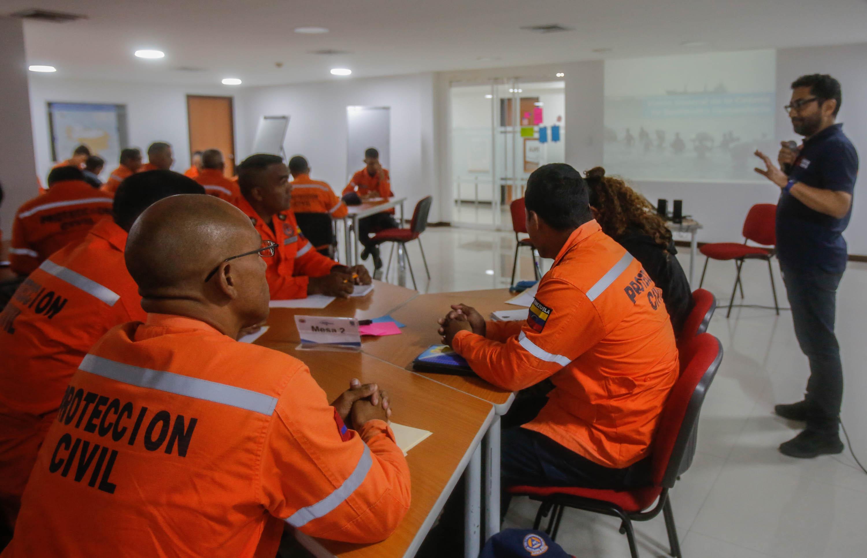 """Funcionarios de Protección Civil se capacitan en """"Logística para Emergencias y Desastres"""" (4)"""