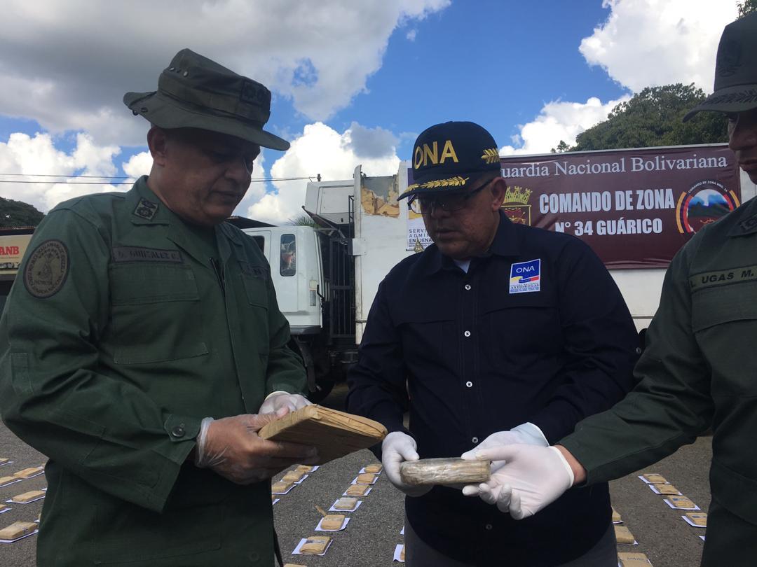 GNB incautó mil 594 panelas de marihuana en Guárico (7)