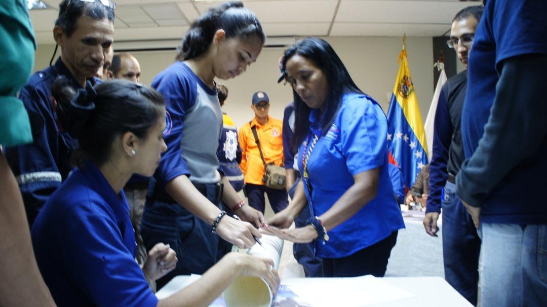 Organizaciones voluntarias de la Redan Central participan en Taller de Fabricación de Pluviómetros Comunitarios (1)
