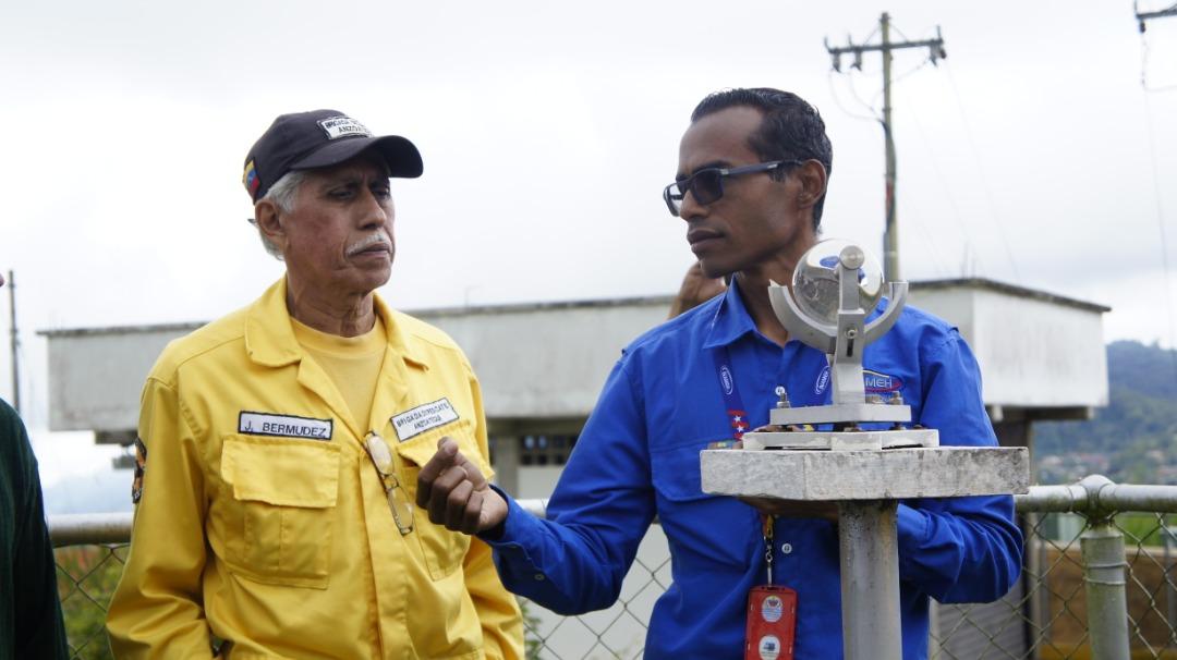 Organizaciones voluntarias de la Redan Central participan en Taller de Fabricación de Pluviómetros Comunitarios (4)