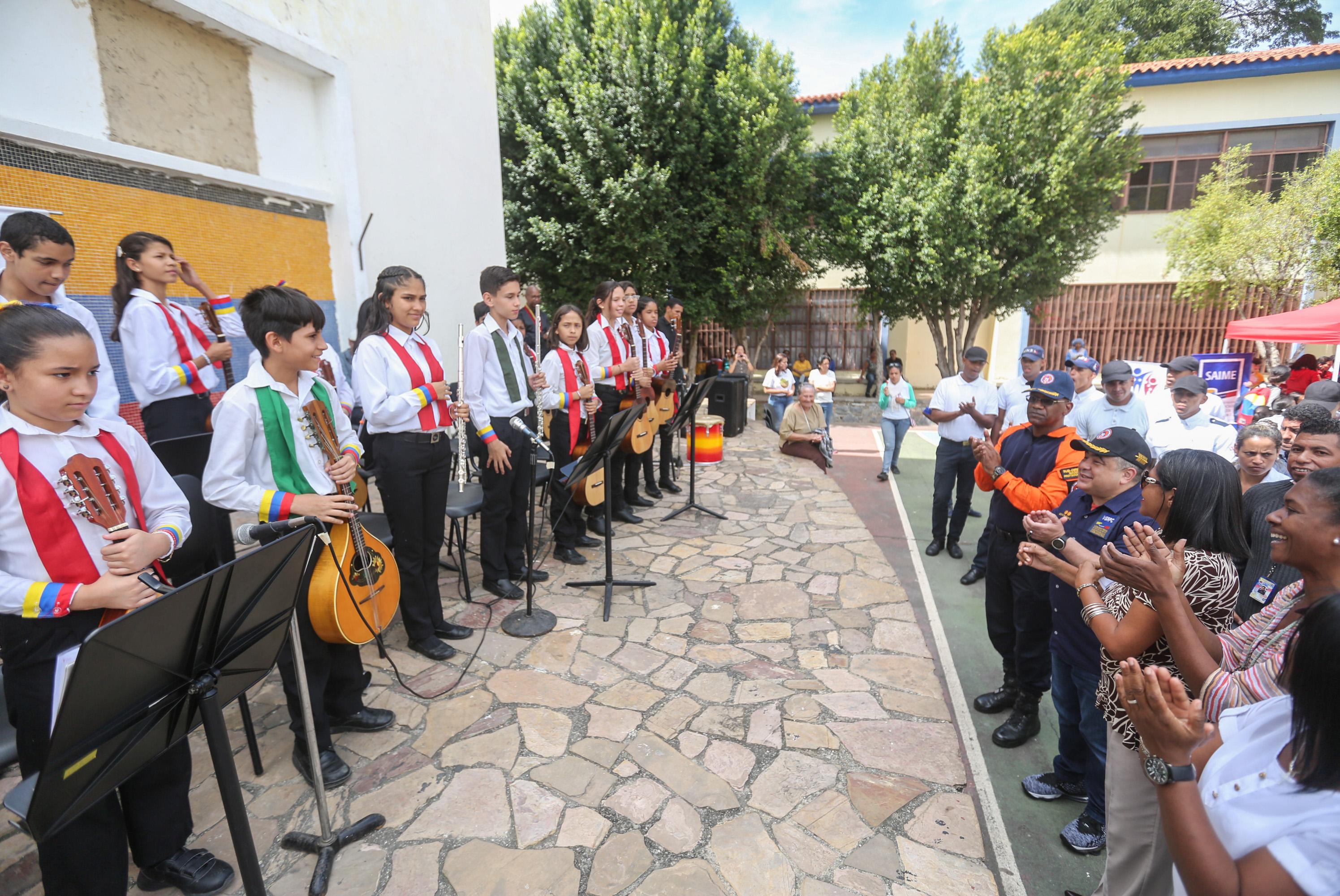 Abordaje Integral de Prevención en la Unidad Educativa República de Bolivia (13)