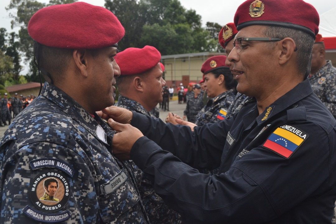 Más de 4 mil 500 funcionarios de la PNB ascienden a su jerarquía superior inmediata