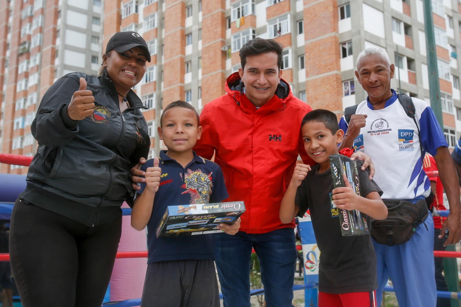 Más de 500 niños disfrutaron de jornada preventiva en el Fuerte Tiuna