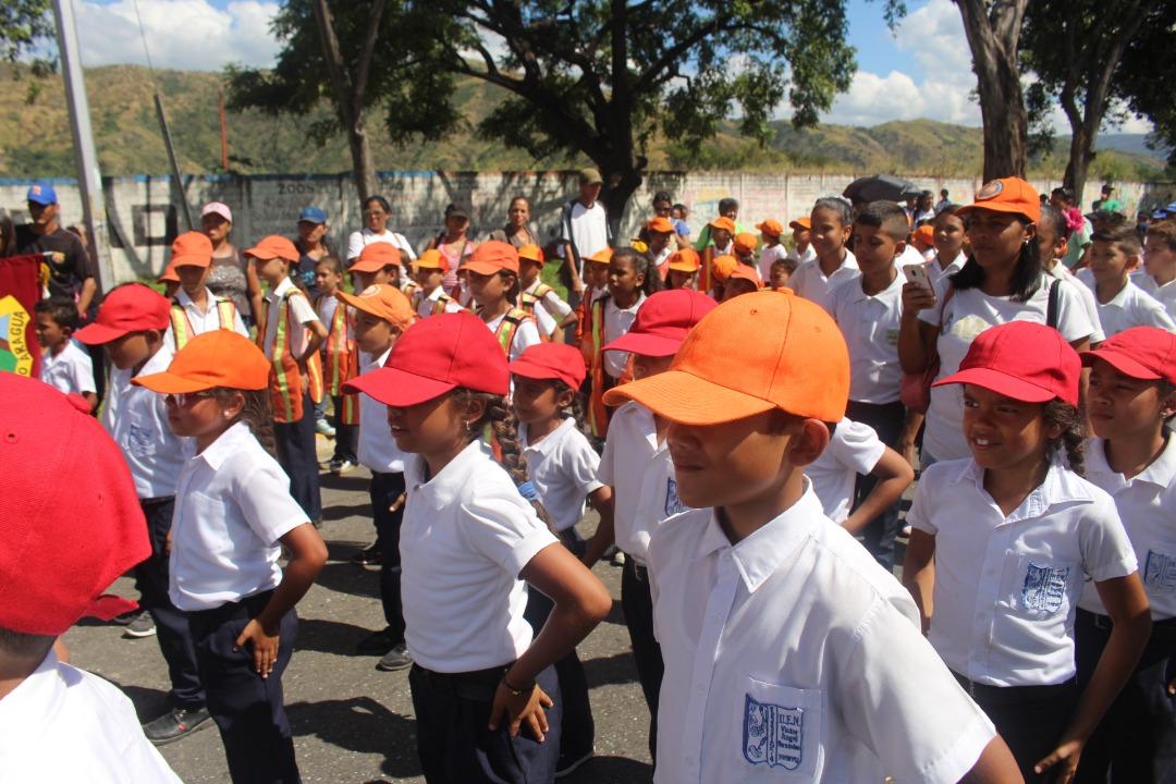 Juramentados más de 700 brigadistas de prevención integral en Aragua (6)