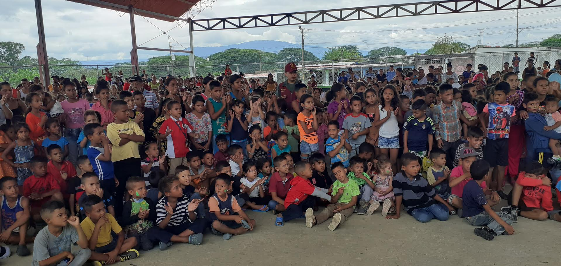 Entregados juguetes a niños y niñas por el Día de los Reyes Magos en Yaracuy (1)