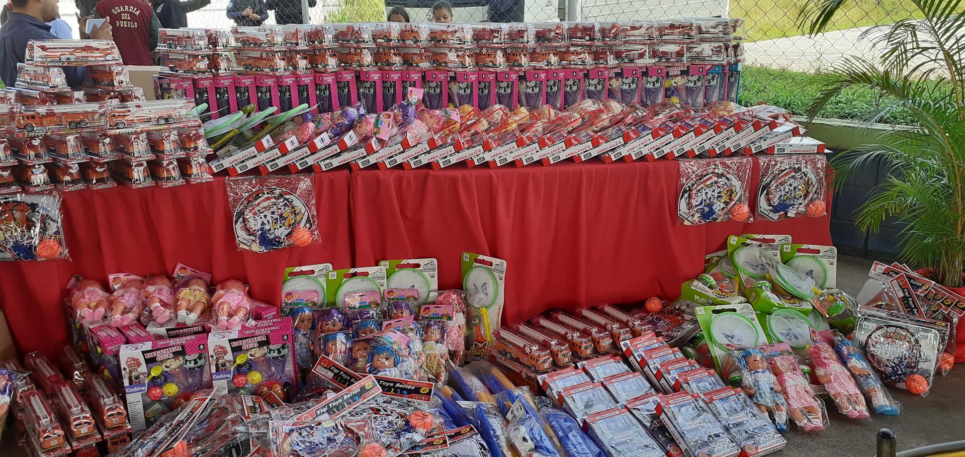 Entregados juguetes a niños y niñas por el Día de los Reyes Magos en Yaracuy (2)