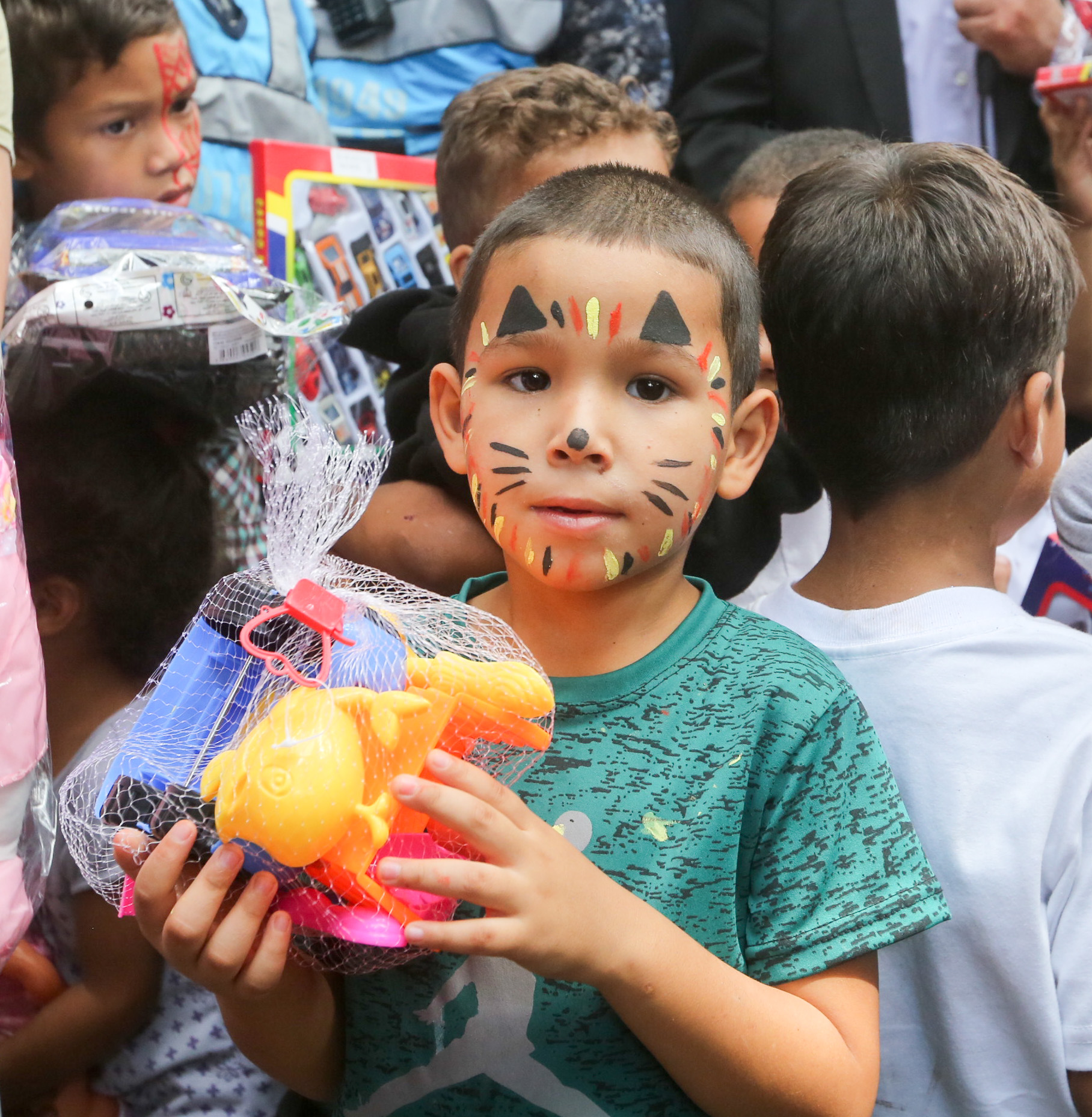 Frente preventivo entrega 24 mil juguetes en todo el país (10)
