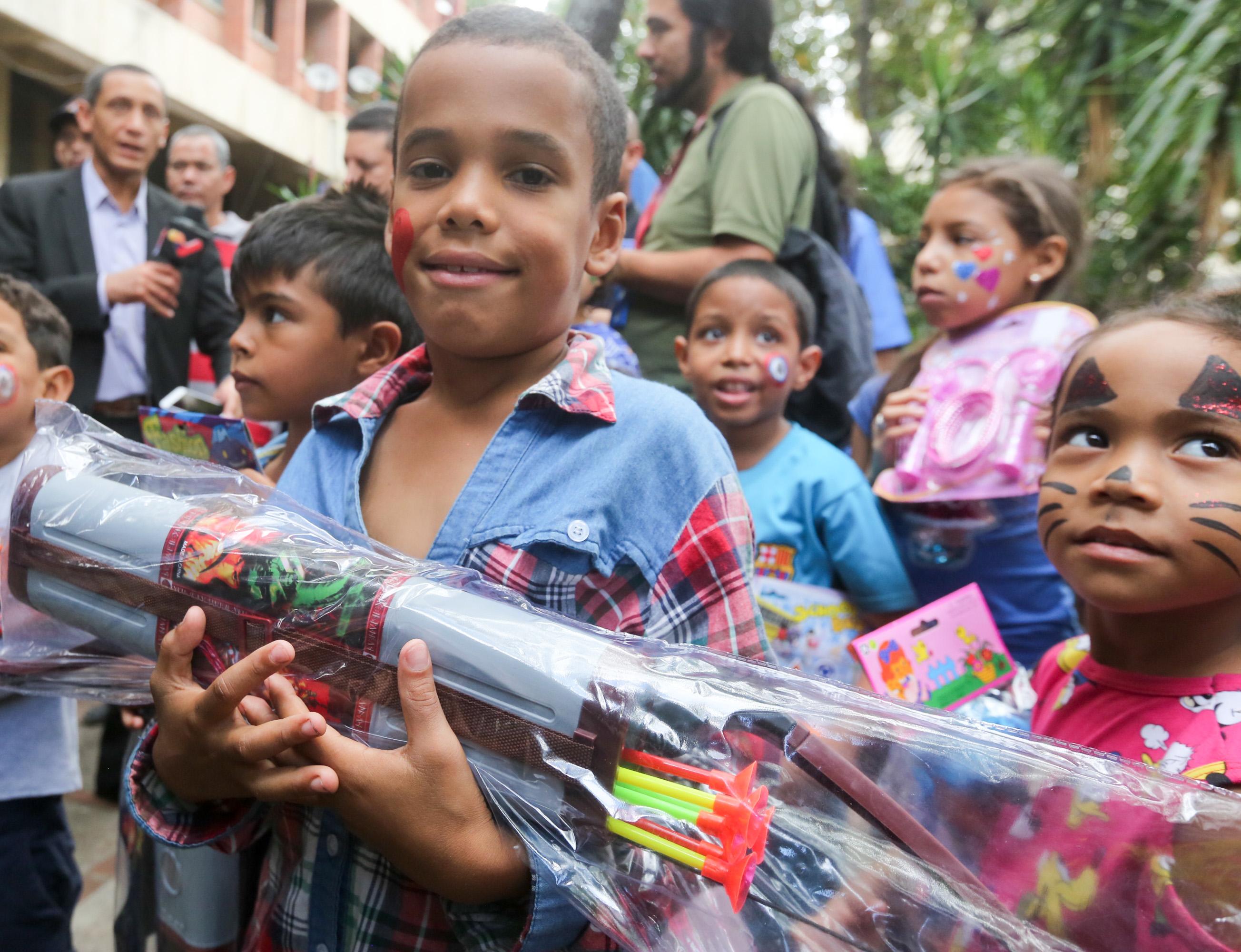 Frente preventivo entrega 24 mil juguetes en todo el país (11)
