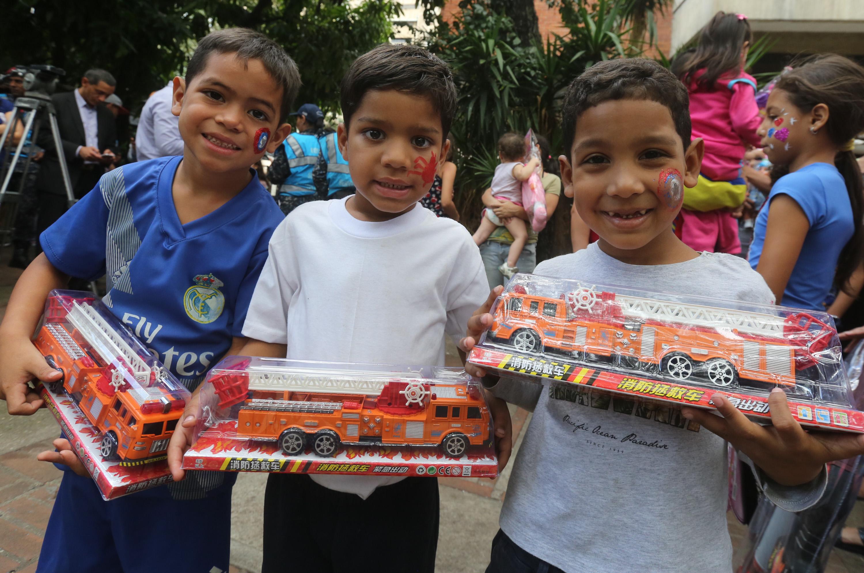 Frente preventivo entrega 24 mil juguetes en todo el país (12)