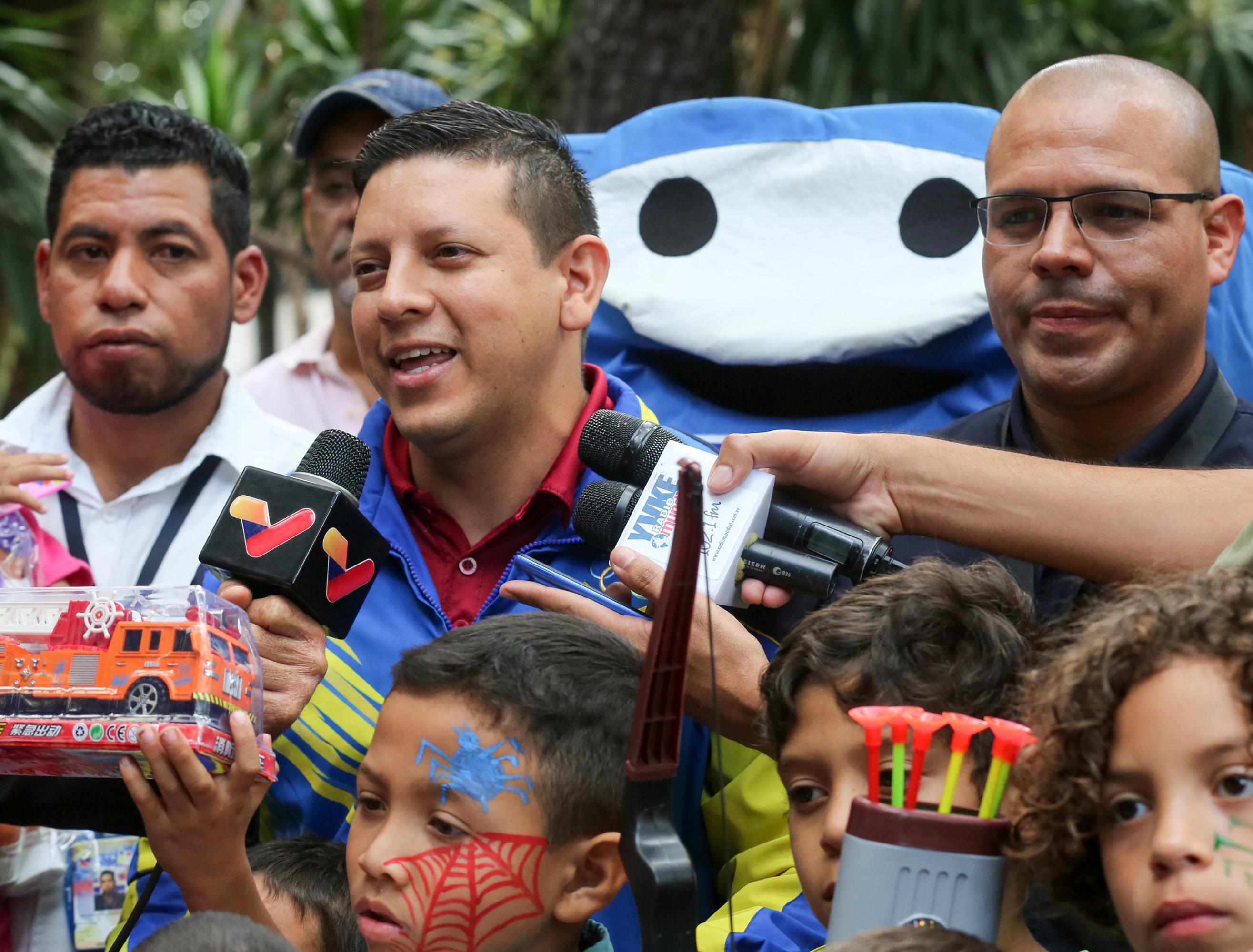 Frente preventivo entrega 24 mil juguetes en todo el país (3)