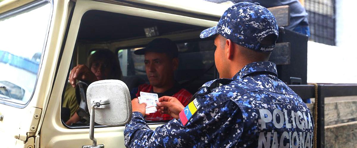 Desplegados 6 mil 300 efectivos en 36 puntos de control móviles y fijos en el estado Mérida