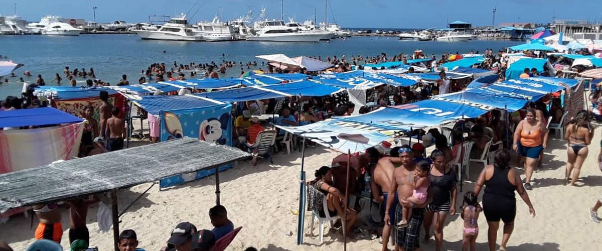 Organismos de seguridad garantizan bienestar a temporadistas en Malecón de Puerto Cabello