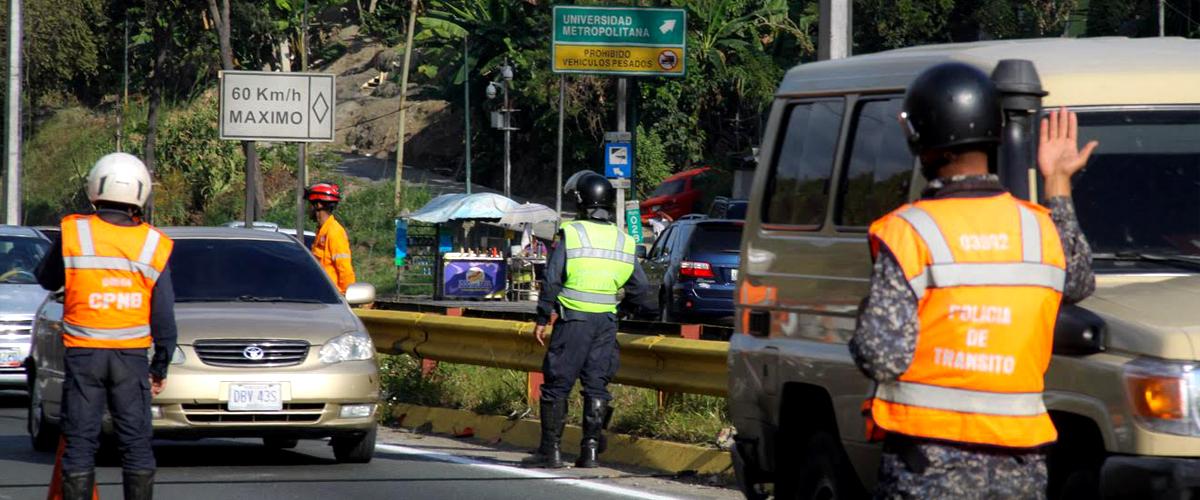 Supervisan retorno seguro de temporadistas desde la Autopista Gran Mariscal de Ayacucho