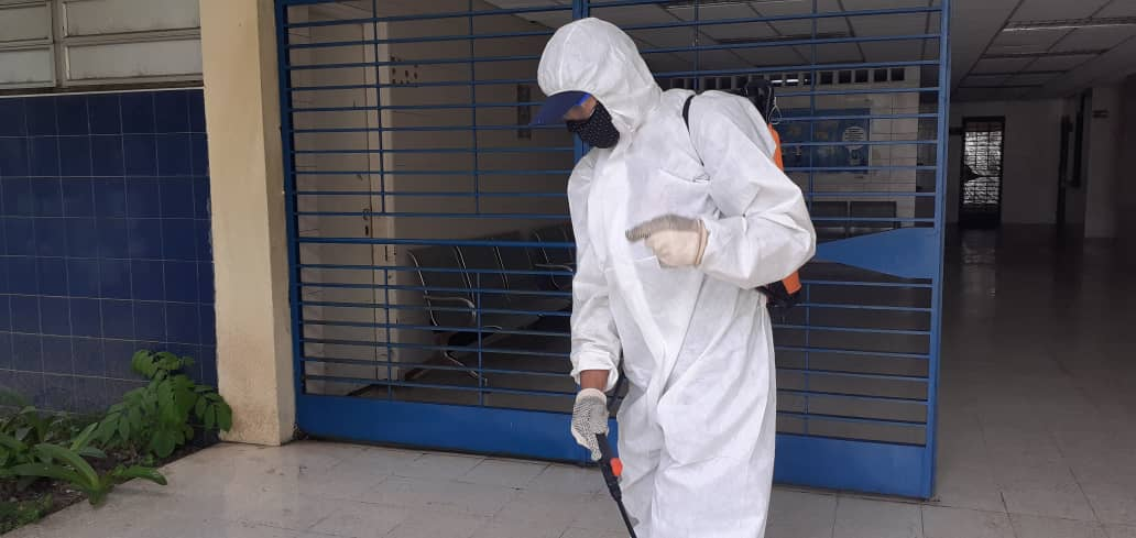 Realizan jornada de limpieza y desinfección en el Hospital Psiquiátrico de Caracas