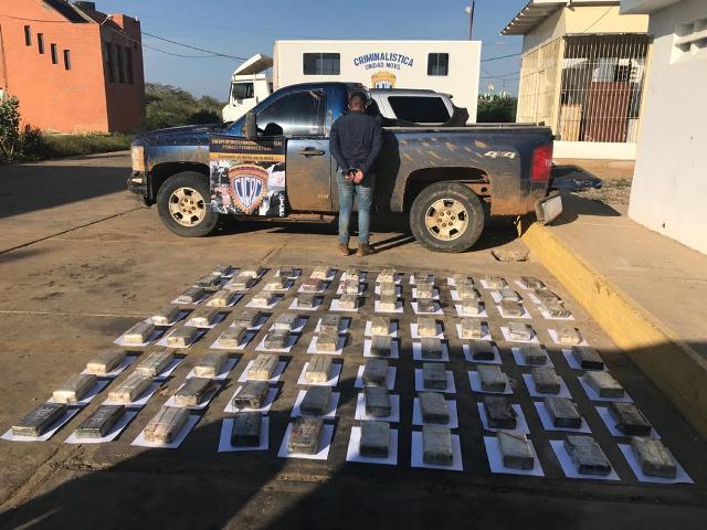 Funcionarios del Cicpc incautan 80 panelas de cocaína en Falcón