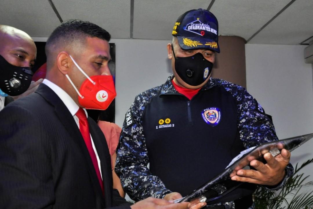 Primera entrega de reconocimientos DIP PNB 2020 por efectividad policial