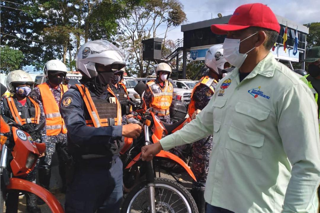 Gobierno nacional garantiza retorno en paz de temporadistas tras asueto de Carnaval