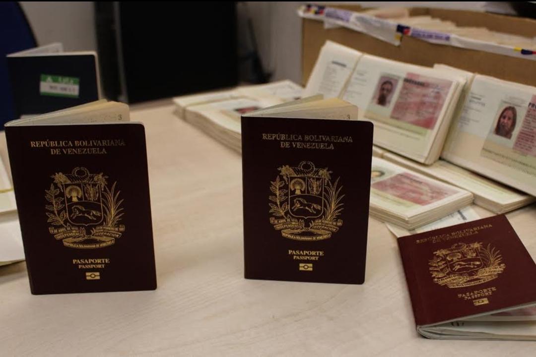 Más de 30 mil pasaportes distribuidos en consulados y oficinas Saime del país