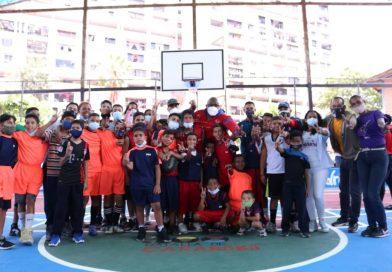 Fona rehabilita canchas deportivas en Plan Caracas Patriota, Bella y Segura