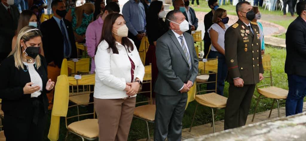 Vicepresidenta Carmen Meléndez asistió a la misa de acción de gracias por la beatificación del Dr. José Gregorio Hernández en Isnotú