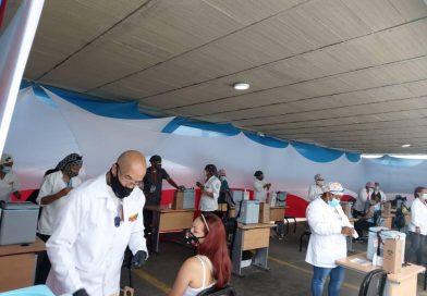 Activado Centro de Vacunación masiva contra la Covid-19 en la Unes