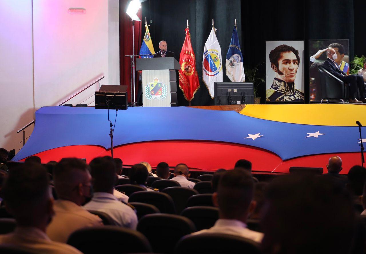 A/J Ceballos presidió Taller de Fortalecimiento del Nuevo Liderazgo en la Fanb sobre Derechos Humanos